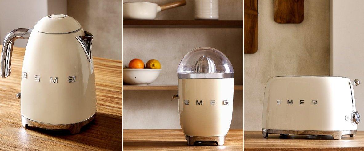 Aanrechtblad ruimte ideeën: kleine keukenapparaten Smeg waterkoker, citruspers en broodrooster