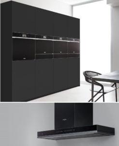 Zwarte keuken: Whirlpool zwarte ovens en afzuigkap, W11 collectie