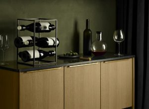 Design wijnrek in de keuken: Eva Solo Wine Cube als wijnfleshouder