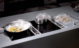 Oude keuken opgevolgd door nieuwe keuken met Bora Classic CT1 Tepan Inductiekookplaat met afzuiging en teppanyaki