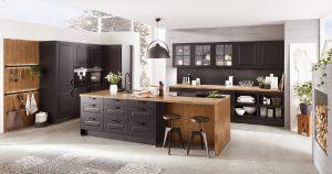 Landelijke moderne zwarte keuken met hout – Nobilia keuken Sylt 851