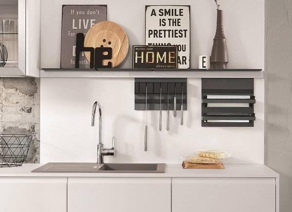 Kleine keuken wandrek + wandplank voor keukenaccessoires, Nobilia