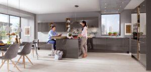 Grijze design keuken met bar – Thuiswerken in de Nobilia L-keuken Lux 823