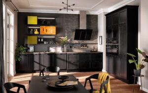 Industriële landelijke zwarte keuken met olijf groen en oranje keukenkastjes – Häcker keuken AV 6035