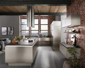 Design keuken greeploos, Nobilia Inox 216 geborsteld staal