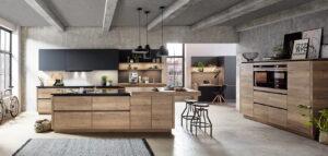 Keukenstijl kiezen: houten industriële keuken met zwarte keukenkasten, Nobilia Structura 402