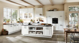 Landelijke keuken accessoires, Witte L-keuken met werkeiland, Nobilia Sylt 847