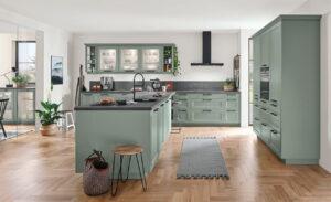 Groene landelijke T-keuken – Nobilia Cascada